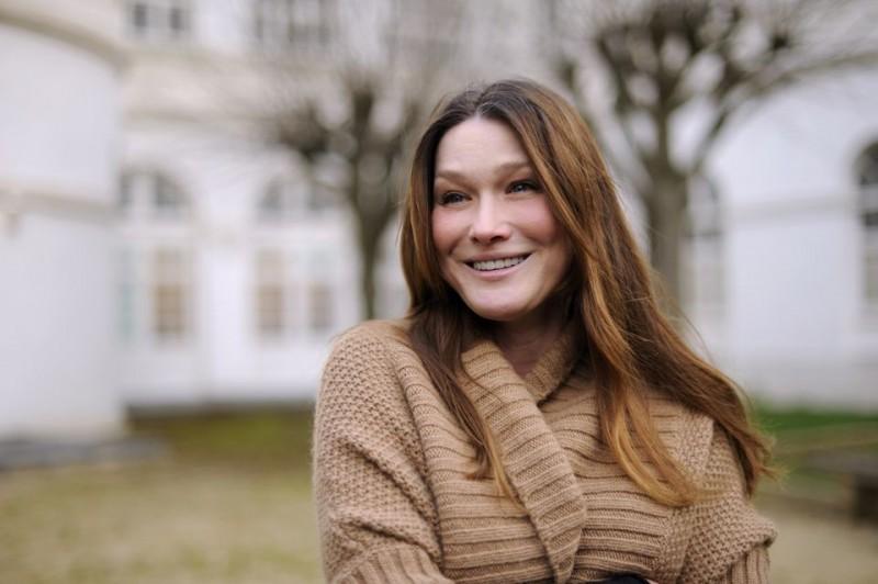Carla Bruni (Carla Bruni)