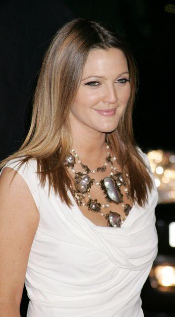 Drew Barrymore  (Drew Barrymore )