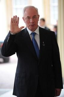 Mikola Azarov  (mikola azarov,)