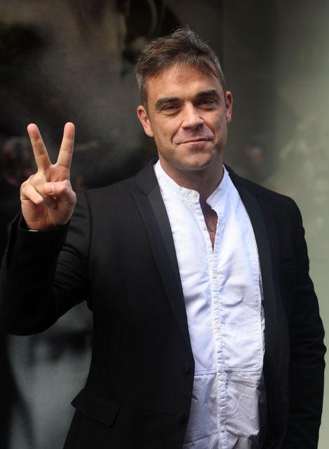Robbie-Williams(210x140)(1).jpg (Robbie Williams)