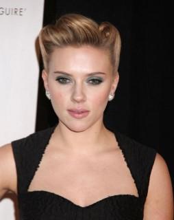 Scarlett Johansson (scarlett johansson, )