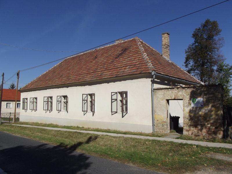 Táp Erdei Iskola (Táp Erdei Iskola)