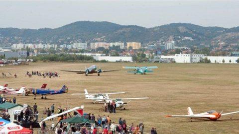 budaörsi repülőtér (ingyenes, budaörsi repülőtér)