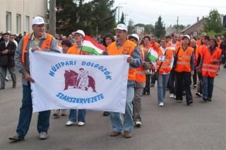 kapuvári húsgyár tüntetés (ingyenes, )