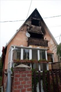 kiégett ház (ingyenes, )
