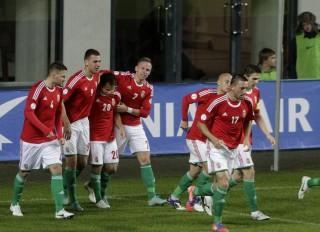 magyar labdarúgó válogatott (Array)