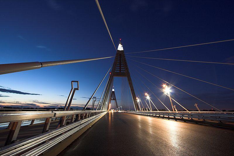megyeri híd (megyeri híd, )