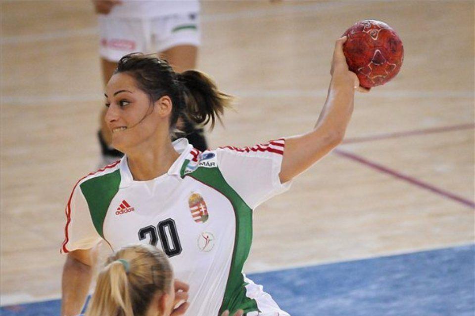 női kézilabda (ingyenes, kárpát kupa, Rédei-Soós Viktória)