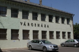 Varoshaza(430x286)(1).jpg (1)