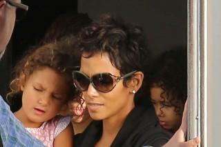 Halle Berry kislányával (Halle Berry és kislánya)