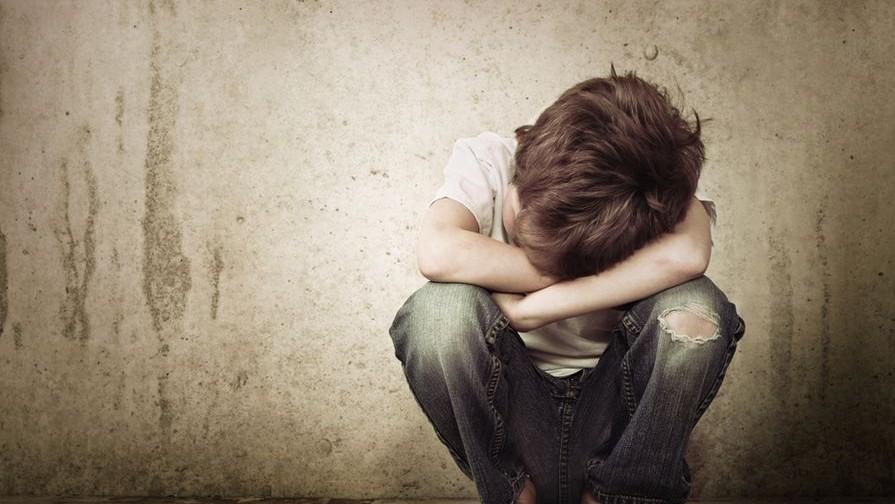 Pedofilia-gyermekbantalmazas(210x140)(1).jpg (pedofilia, gyermekbántalmazás, )