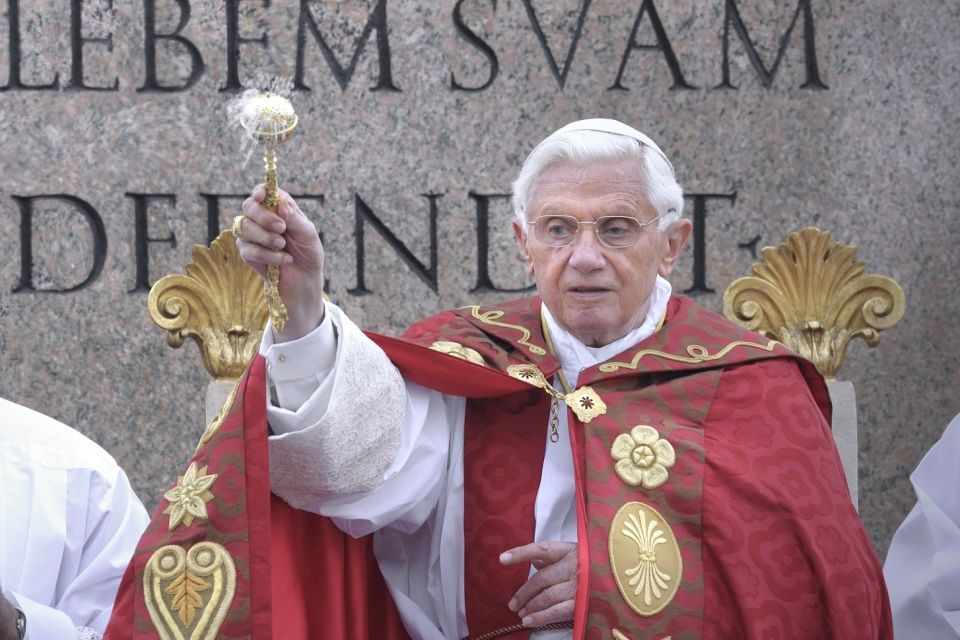 XVI-benedek pápa (XVI. Benedek pápa)