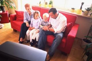 család (tévé,)