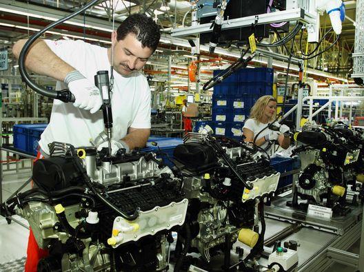 motorgyártás (motorgyártás)