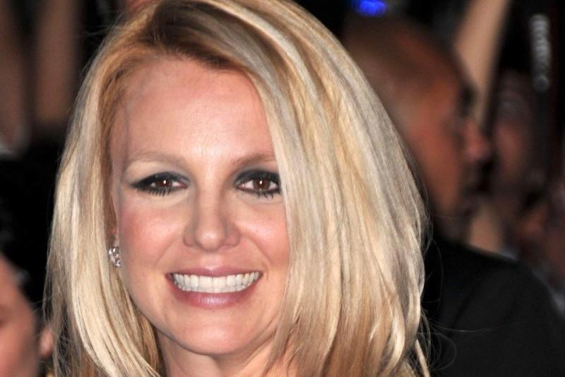 Britney Spears (Britney Spears)