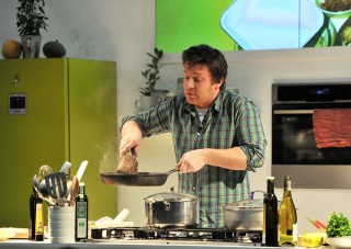 Jamie Oliver, (Jamie Oliver,)