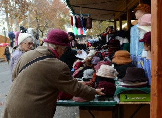 Karácsonyi vásár Szegeden (karácsonyi vásár, )
