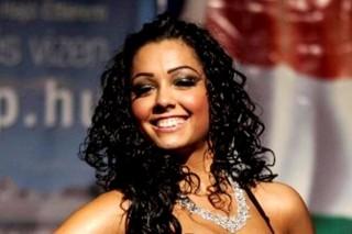 Menyhért Vivien  (roma szépségverseny győztese)