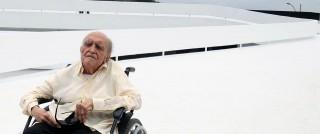 Oscar Niemeyer  (Oscar Niemeyer )