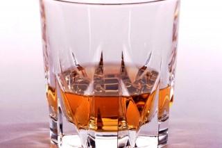 alkohol (szeszes ital, )