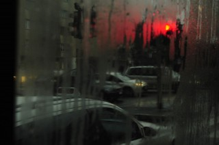 autok-esoben(960x640)(1).jpg (autó, kocsi, eső, )