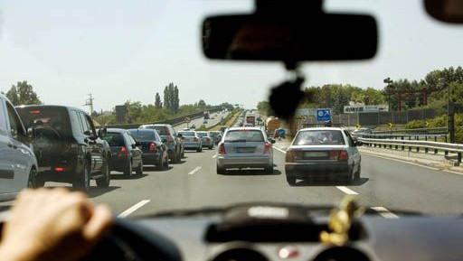kozlekedes-autopalya(960x640)(1).jpg (közlekedés, autópálya, forgalom, )