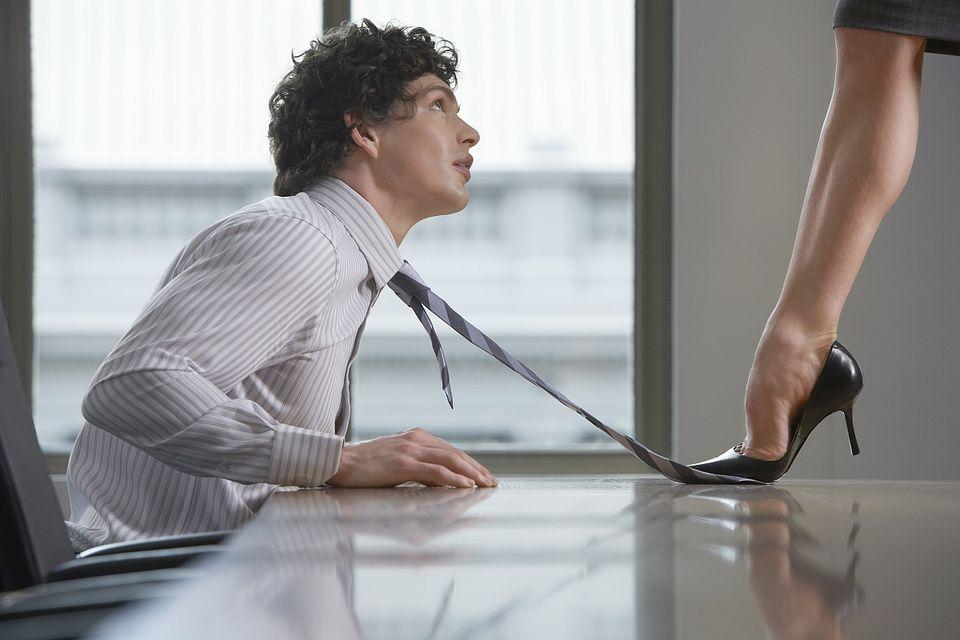 munkahelyi szex (munkahelyi szex)