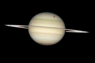 szaturnusz és holdjai (szaturnusz holdjai, titán, )