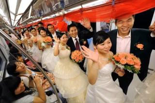 tömeges esküvő (tömeges esküvő, )