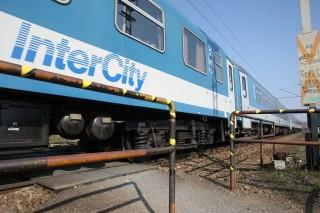 vonat-intercity (vonat)