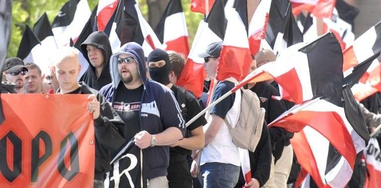 Cseh neonácik (csehország, neonácik, )