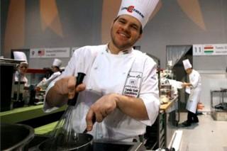 Széll Tamás, a Michelin-csillagos Onyx étterem séfje (Széll Tamás, a Michelin-csillagos Onyx étterem séfje)