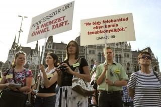 ángyán-melletti-tüntetés(i) (ingyenes, ángyán józsef, tüntetés)