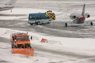 havas-ferihegy(960x640).jpg (havazás, repülőtér, liszt ferenc nemzetközi repülőtér, )