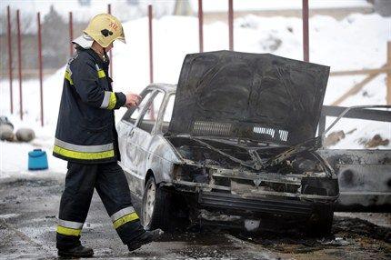 kiegett-kocsi(430x286).jpg (kiégett autó, )