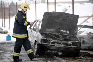 kiegett-kocsi(960x640).jpg (kiégett autó, )