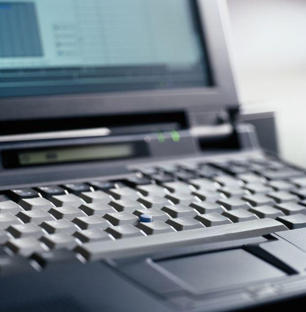 laptop(960x640)(1).jpg (laptop, )