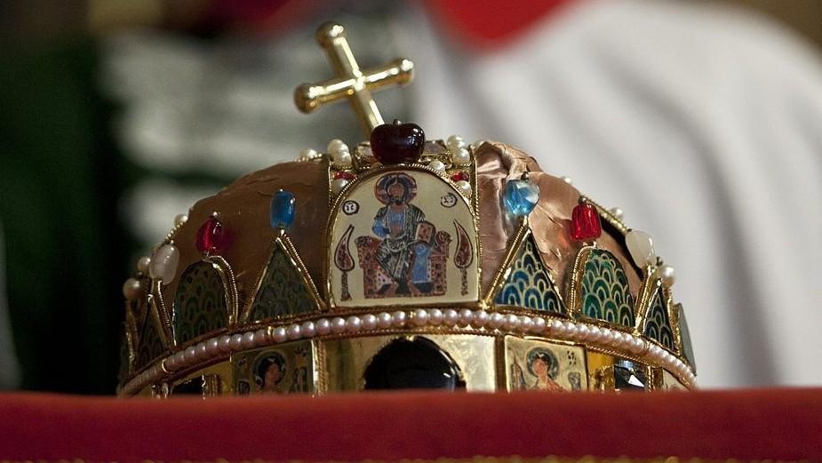 szent-korona(430x286)(1).jpg (szent korona)
