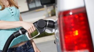 tankolas(430x286)(1).jpg (tankolás, benzinkút, )