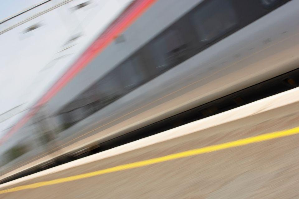 vonat(430x286)(1).jpg (vonat)