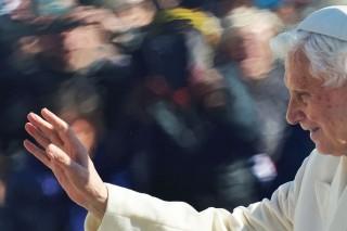 XVI Benedek pápa kegyelmes (Pápa, Benedek, XVI. Benedek pápa)