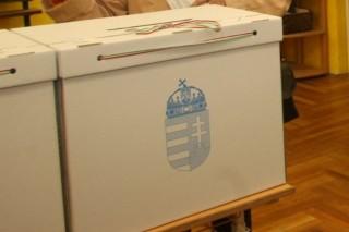 voksolás (szavazás, urna, )