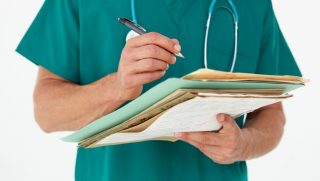 orvos (orvos, műtő)