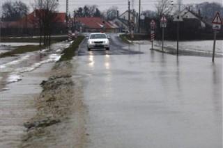 árvíz, elöntött út (árvíz, )