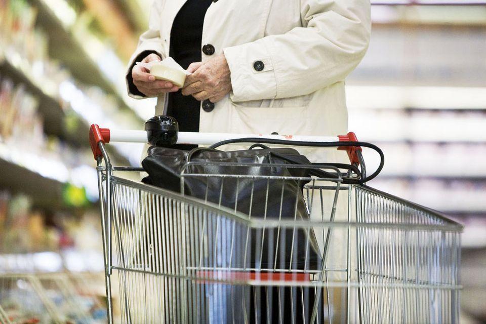 bevásárlókosár (vásárló, bevásárlókocsi, )