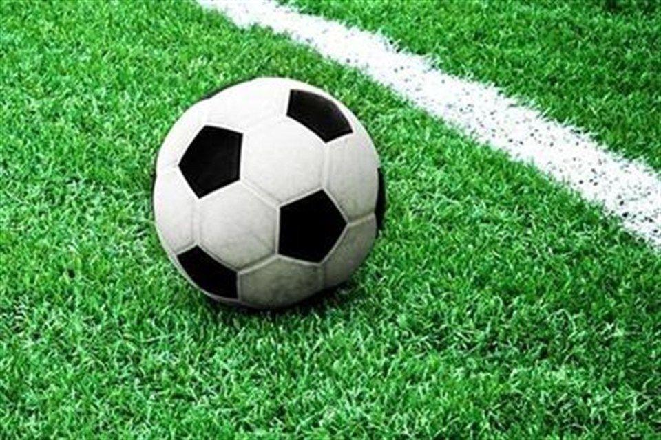 futballpalya(1)(960x640).jpg (futballpálya)