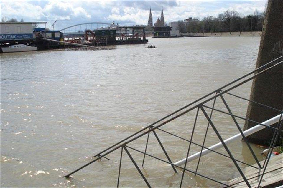 A-Tisza-Szegednel(960x640)(1).jpg (A Tisza Szegednél)