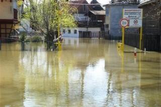 Apad-a-Tisza-Szegednel(960x640).jpg (Apad a Tisza Szegednél)