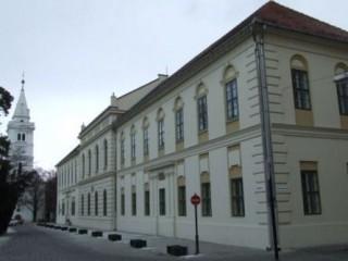 Bessenyei-Ferenc-Muvelodesi-Kozpont-(2)(210x140)(6).jpg (Bessenyei Ferenc Művelődési Központ )