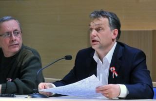 Orbán Viktor a hóhelyzetet elemezi (orbán viktor, hóhelyzet, )